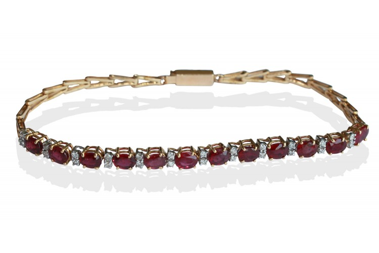Tennis Bracelet with Rubies & diamonds