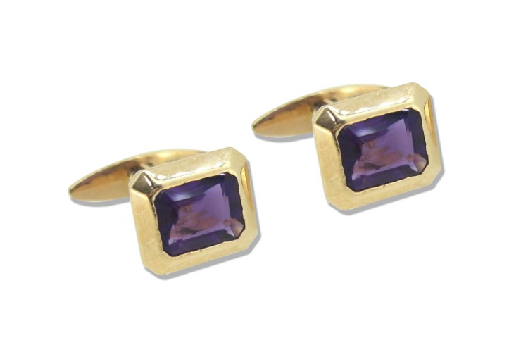 Amethysts Cufflinks in Gold