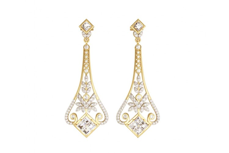 Elegant Diamond Danglers in gold