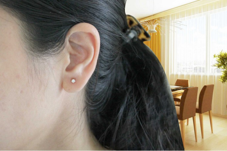 Single diamond Earstuds
