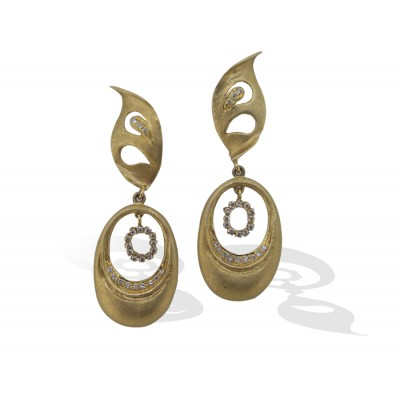 Gold Earrings with Diamonds in Brushed Look