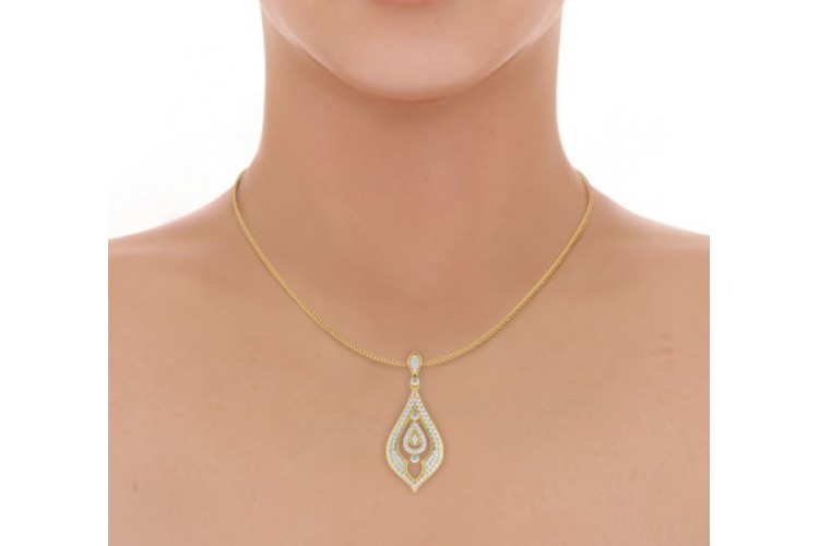 Nomi Diamond Pendant in Gold