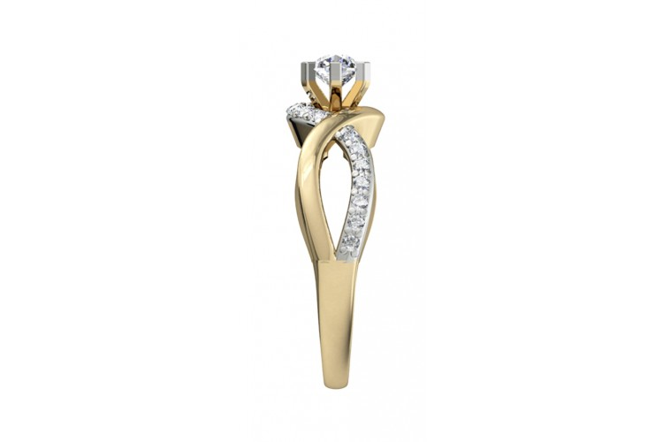 Alluring Solitaire diamond Engagement Ring
