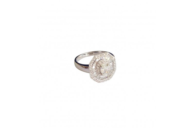 Diamond Ring With Oval Diamond