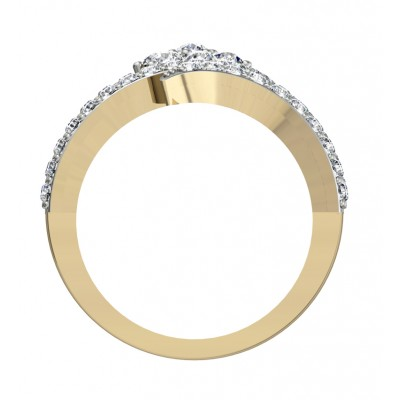 Glitzy cocktail ring with diamonds